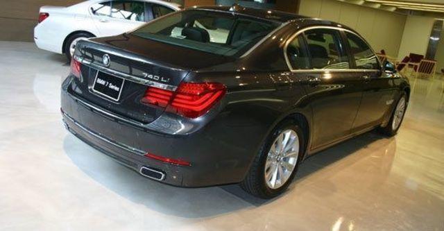 2013 BMW 7-Series 740Li  第3張相片