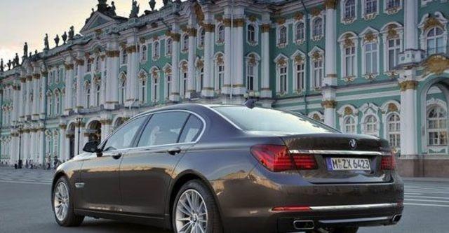 2013 BMW 7-Series 750Li  第6張相片