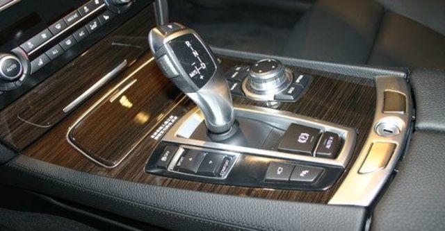 2013 BMW 7-Series 750Li  第8張相片