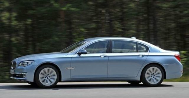 2013 BMW 7-Series ActiveHybrid 7  第9張相片