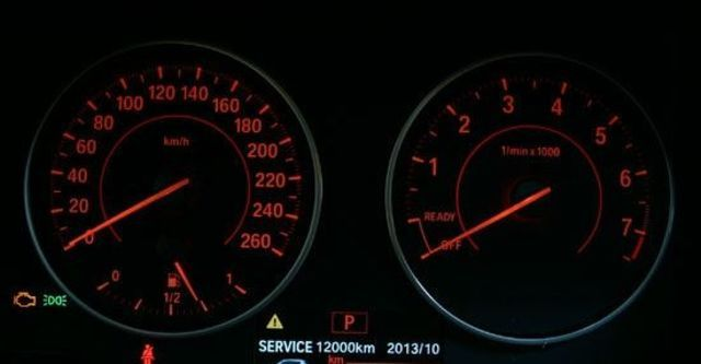 2012 BMW 1-Series 116i  第6張相片