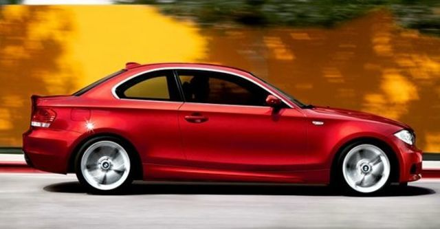 2012 BMW 1-Series Coupe 118d  第6張相片