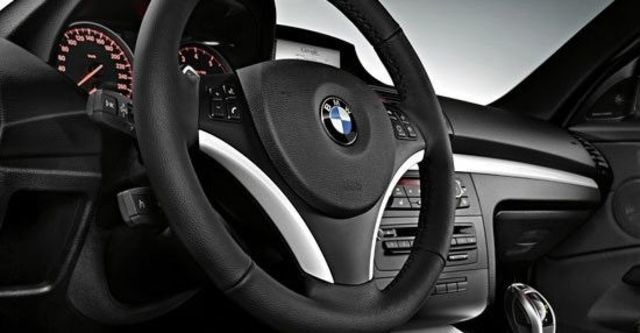 2012 BMW 1-Series Coupe 135i  第6張相片