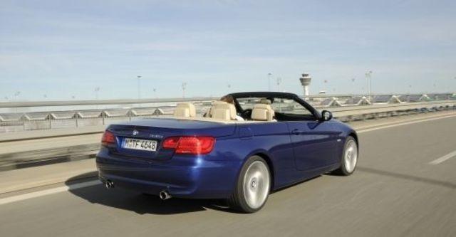 2012 BMW 3-Series Convertible 335i  第8張相片