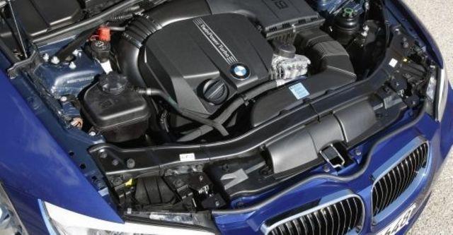 2012 BMW 3-Series Convertible 335i  第14張相片