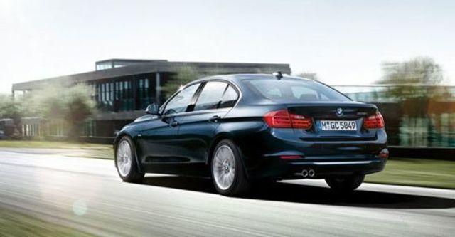 2012 BMW 3-Series Sedan 318d  第4張相片