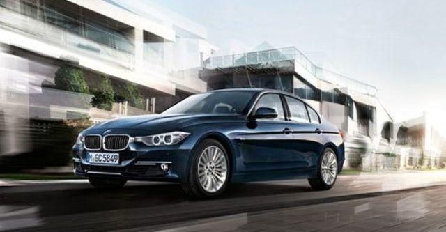2012 BMW 3-Series Sedan 318d  第5張相片