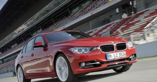 2012 BMW 3-Series Sedan 320i Sport  第2張相片
