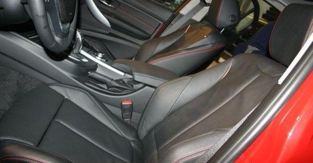 2012 BMW 3-Series Sedan 320i Sport  第5張相片