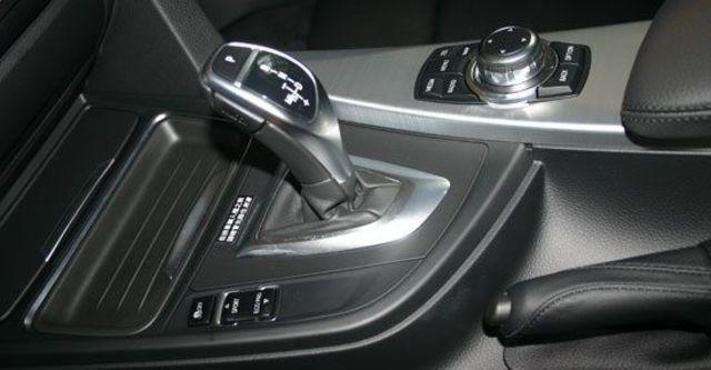 2012 BMW 3-Series Sedan 320i Sport  第6張相片