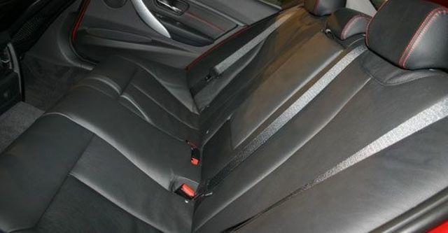 2012 BMW 3-Series Sedan 320i Sport  第7張相片