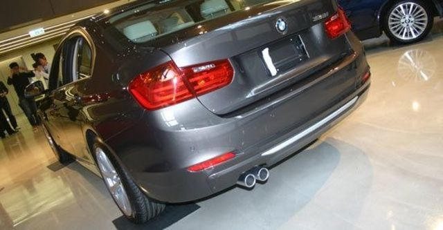 2012 BMW 3-Series Sedan 328i Luxury  第3張相片