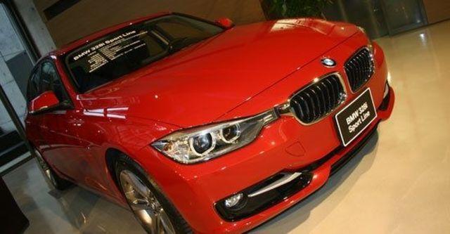2012 BMW 3-Series Sedan 328i Sport  第1張相片