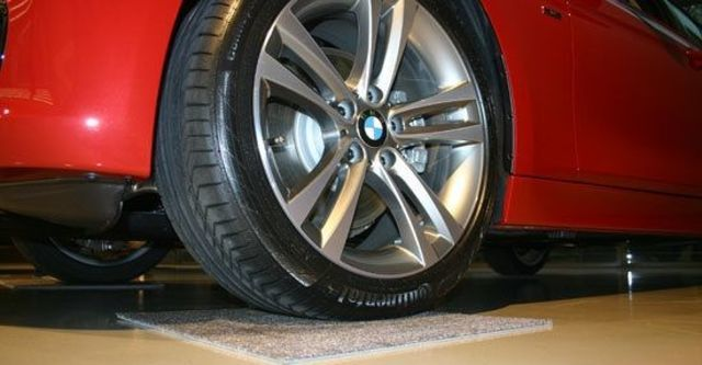 2012 BMW 3-Series Sedan 328i Sport  第10張相片