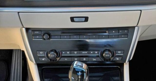 2012 BMW 5-Series GT 520d  第8張相片