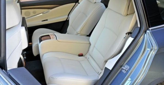 2012 BMW 5-Series GT 520d  第9張相片