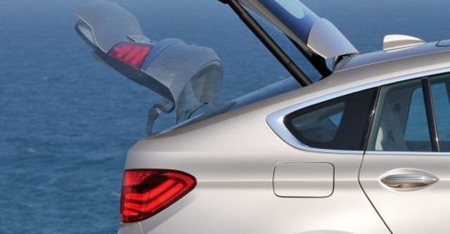 2012 BMW 5-Series GT 535i  第6張相片