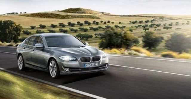2012 BMW 5-Series Sedan 520i  第2張相片