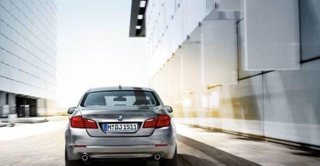 2012 BMW 5-Series Sedan 520i  第6張相片
