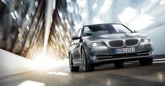 2012 BMW 5-Series Sedan 520i  第9張相片