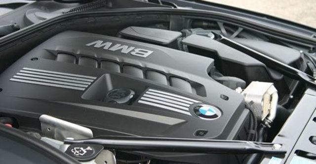 2012 BMW 5-Series Sedan 530i  第6張相片