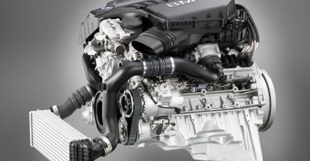 2012 BMW 5-Series Sedan 535i  第7張相片
