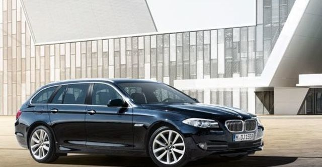2012 BMW 5-Series Touring 520i  第3張相片