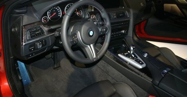 2012 BMW 6-Series Coupe M6  第5張相片