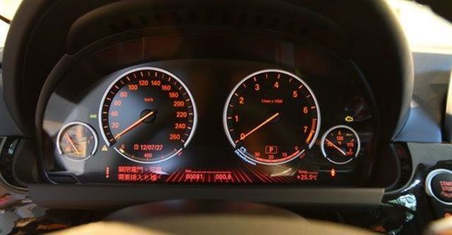 2012 BMW 6-Series Gran Coupe 650i  第9張相片
