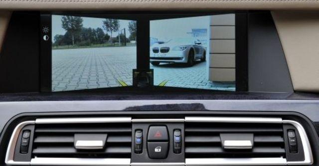 2012 BMW 7-Series 730Li  第7張相片