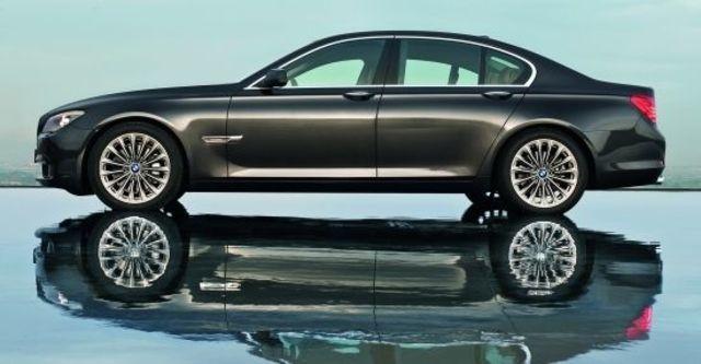 2012 BMW 7-Series 740i  第4張相片
