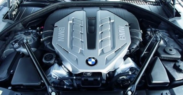 2012 BMW 7-Series 750Li  第6張相片