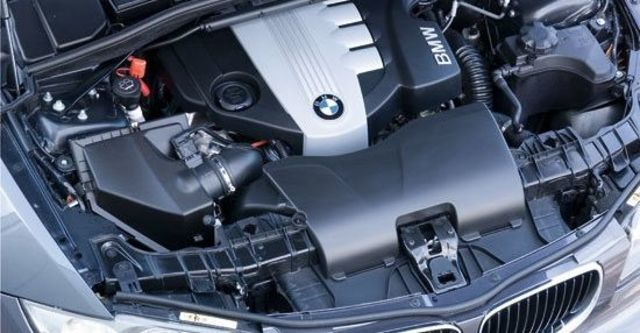 2011 BMW 1-Series 123d M Sports Package  第7張相片