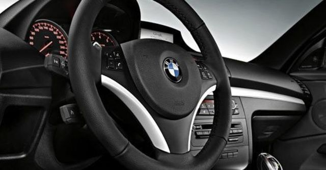 2011 BMW 1-Series Coupe 118d  第10張相片