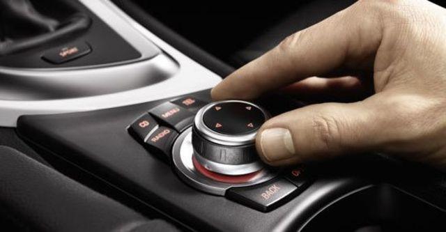 2011 BMW 1-Series Coupe 135i  第14張相片