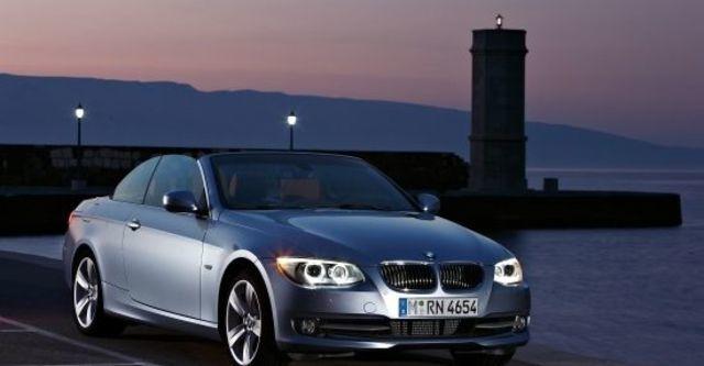 2011 BMW 3-Series Convertible 320i  第5張相片