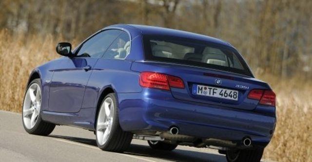2011 BMW 3-Series Convertible 335i  第9張相片