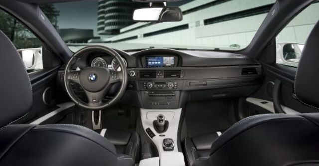 2011 BMW 3-Series Coupe M3  第4張相片