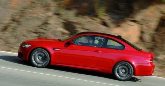 2011 BMW 3-Series Coupe M3  第8張相片