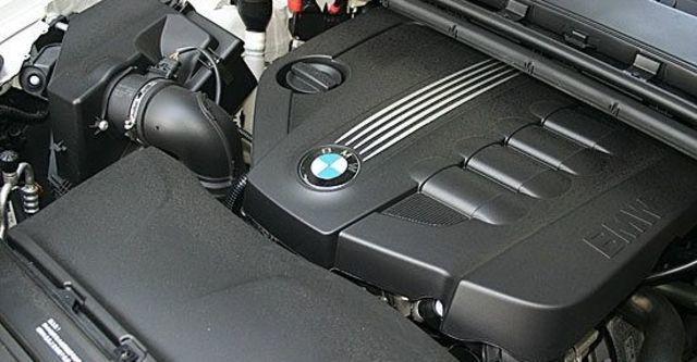 2011 BMW 3-Series Sedan 318d  第4張相片