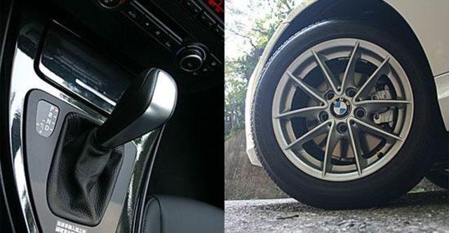 2011 BMW 3-Series Sedan 318d  第7張相片
