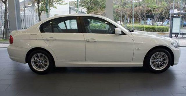 2011 BMW 3-Series Sedan 318d  第9張相片