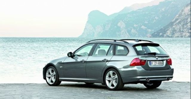 2011 BMW 3-Series Touring 320d  第1張相片