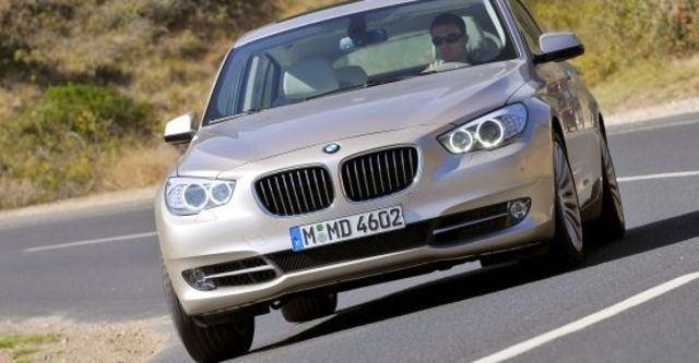 2011 BMW 5-Series GT 535i  第1張相片