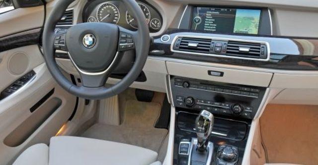 2011 BMW 5-Series GT 535i  第8張相片