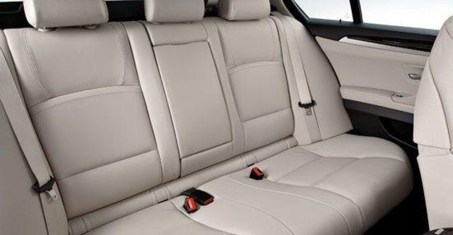 2011 BMW 5-Series Sedan 528i精英版  第10張相片
