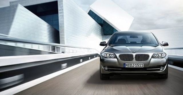 2011 BMW 5-Series Sedan 535i  第2張相片