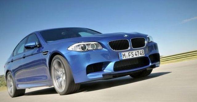 2011 BMW 5-Series Sedan M5  第1張相片
