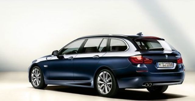 2011 BMW 5-Series Touring 528i  第5張相片