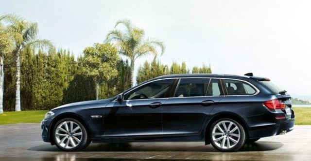 2011 BMW 5-Series Touring 528i  第7張相片